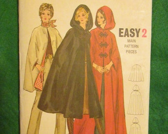 1971 Ladies BUTTERICK PATTERN Misses and Women's Cape Size 38-40 ex-large
