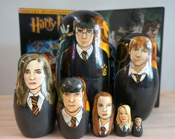 Set of Seven Harry Potter Hand Painted Russian Matryoshka Art Nesting Dolls