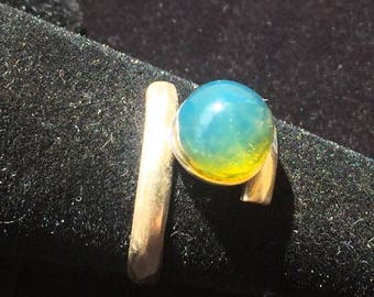 8  MM Beautiful  Dominican  Blue Amber  Ring  size   7