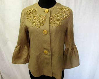 vintage summer linen blouse with wood bead trim and wood buttons , womens size 4 . taupe tan ,like new ,flair sleeves, summer wedding, beach