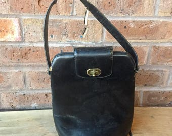 Black Vintage Leather Look Purse, With Handle