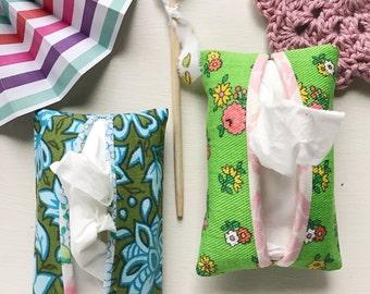 Vintage Fabric Pocket Tissue Cover/ Vintage Tissue Cozy/ Tissue Holder