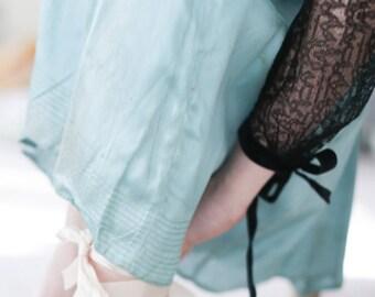 1920's Lace Dress / 2 Piece Slip-Dress, Sheer Black lace overlay. // Flapper Black Lace., Drop Waist Dress. 2 Piece Set. Slip Dress.