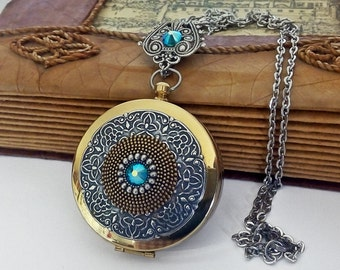 Large Steampunk Compass Locket Pendant - Working Compass Necklace - Long Chain - Gothic Pendant - Vintage Style Locket Jewelry
