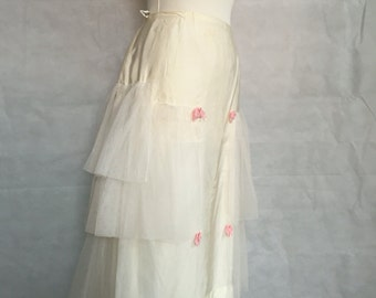 Early 1950s net petticoat with panniers