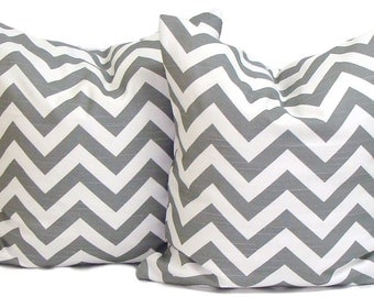 GRAY PILLOWS.Set of Two.16x16, 18x18 or 20x20 inch.Pillow Covers.Gray Chevron Decorative Pillow.Throw Pillow.Grey Chevron.ZigZag.Cushions.Cm