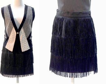 Try the Fringed Trend, Fringe Skirt, Vintage 90s Black, Suede Skirt, High Waist and Band, S / M, Ruffles, Fringes, Textures Reflecting Urban
