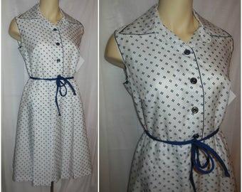 SALE Vintage 1960s Crisp Summer Dress White Sleeveless Mod Dress Nautical Navy Blue Print Full Skirt Tie Belt Cute Flouncy L chest to 41 in
