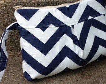 Clutch Wristlet Makeup Pouch Phone Case in Navy Blue Chevron with Divider