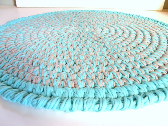 Crocheted Round Rag Rug Stretch Tee Shirt Cord Yarn Soft