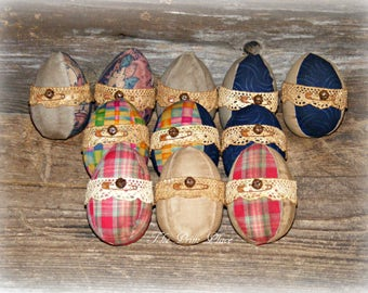 Primitive Fabric Easter Eggs~Grungy Fabric Easter Eggs~Easter Egg Bowl Fillers~Easter Bowl Fillers~Primitive Easter Decor~Primitive Eggs