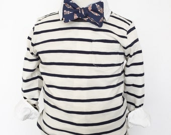 Navy Feathers Bow Tie