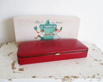 Vintage french pencil school box, Sewing box, LE TANNEUR, Red leather, 1950, France, Trousse ecole couture