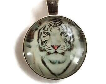 White Tiger Glass Cabochon Pendant - Silver Alloy (011)