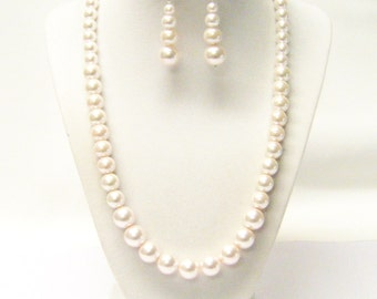 Light Pink Glass Pearl in Mixed Sizes Necklace & Earrings Set