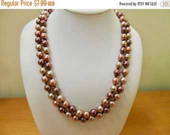 On Sale Vintage Hand Knotted Multi Colored Faux Pearl Necklace Item K # 826