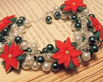 Green and White Beaded Poinsettia Bracelet