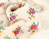 Roses Knit Fabric, Quilted Knit Fabric, Stretchy Knit Fabric - Fabric By the Yard 95994