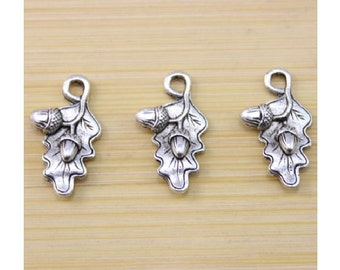 8 Oak Leaf Charms with Acorns Well Crafted Silver Tone Leaves Nature Fall 22x13mm