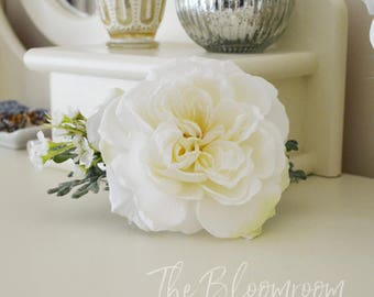 Large rose hair comb / White rose / Rose flower comb / White / Silver / Photo shoot / Bridal hair comb / Silk flower comb / Hair accessories