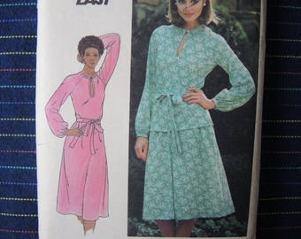 vintage 1970s/ 1980s Butterick sewing pattern 5298 misses dress top and skirt size 20 1/2