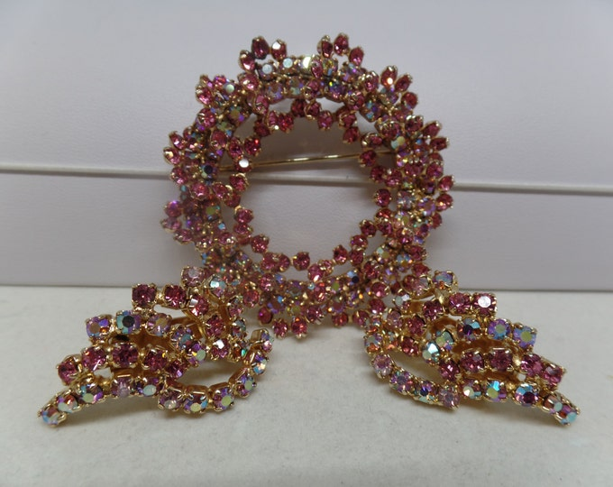 KRAMER Signed Vintage Pink Aurora Borealis Crystal Circle Brooch Set