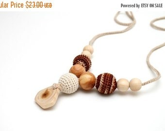 SALE Brown & Cream Organic Nursing/Breastfeeding juniper necklace with pendant, Babywearing necklace, Teething toy