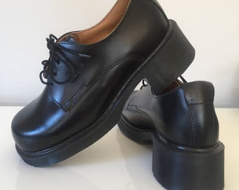 90s Doc Marten Heeled Oxfords