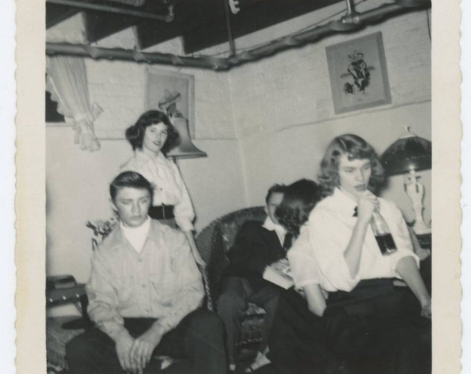 Vintage Snapshot Photo: Teenagers at Party, 1953 (611524)