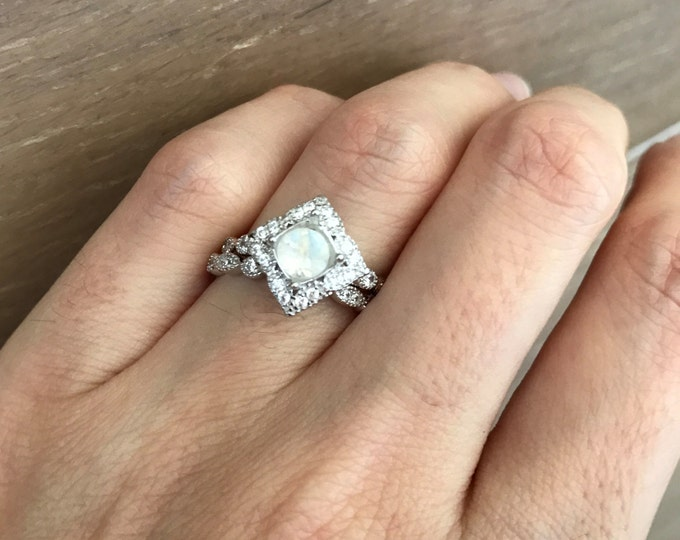 Round Moonstone Bridal Set- Rainbow Moonstone Engagement Ring Set- Alternative Wedding Set Ring- Sterling Silver Halo Engagement Set