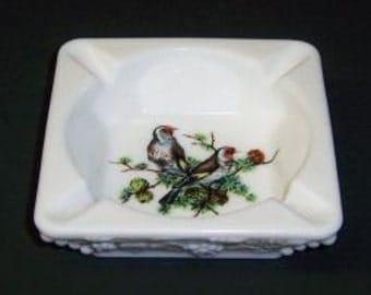 Westmoreland Milk Glass BEADED GRAPE Ash Tray - Brown Birds