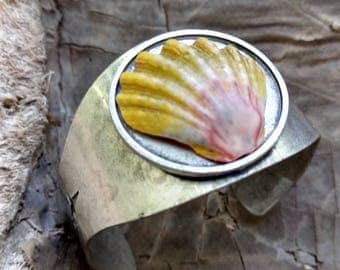 Hawaiian Sunrise Shell Cuff Bracelet