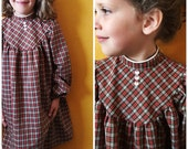 Vintage plaid red dress, pearl buttons/ holiday dress/ Christmas dress/ holiday plaid dress: girls vintage dress size 8