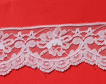 3 yards Vintage White Scalloped Rose Flower Lace Trim, Romantic Valentines Day Craft Scrap Booking Trim, 2 3/8 inch wide
