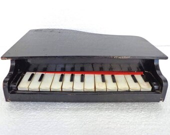 Vintage Children's Wooden Piano Musical Toy. Musical Instrument Piano. Working