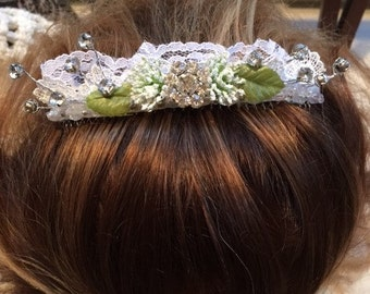 Bridal Comb Made With White Lace ,Queen Annes Lace Flowers  And Rhinestones