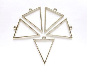5 Antique Silver Open Triangle Geometric Charms - 21-31-19