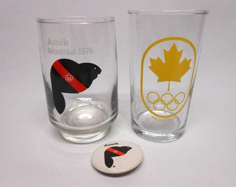 Montreal 1976 Summer Olympic Games Souvenir Glasses & Pinback Mascot Amik Yellow Olympic Rings