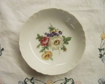 Vintage Richard Ginori Floral Dessert Fruit  Bowl M-4  Italy Pink Purple Green Yellow White Bouquet  Collectible Porcelain See Quantity