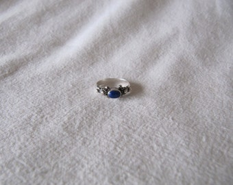Vintage Silver Lapis Ring 925 Size 5 Ethnic Boho Stackable