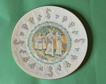 A Vintage Kate Greenaway Almanack Plate for Virgo by Royal Doulton