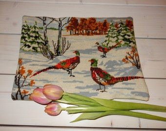 Swedish hand embroidered pillow case  / vintage / birds /