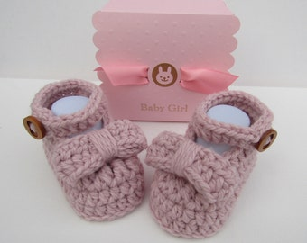 Crochet baby girl booties, baby reveal, pregnancy reveal,  cotton booties, crochet booties, gift boxed, baby reveal,