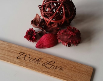 Oak bookmark with the word the engraving with love, valentines day, valentines gifts, mothers day, mothers day gifts