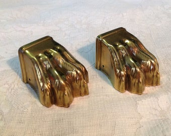 Pair of brass 4 toed claw foot toe cap furniture table hardware supply restoration Victorian cottage chic farmhouse home decor