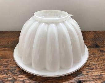 Vintage Tupperware Jumbo Jello Ring Mold Jel-N-Serve #776