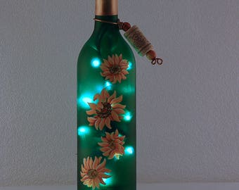Wine bottle lamp, hand painted, yellow sunflowers, wine lover gift, dorm decor, bar decor, kitchen decor, Mother's Day gift