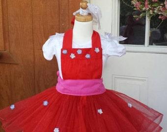 Princess Elena party apron