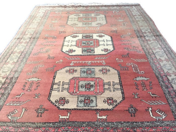 Vintage Persian Rug Area Rug Tribal Rug 9 x 12 Wool Caucasian Kazak Medallion Center Faded Pink Ombre RugBohemian Decor Animal Symbol
