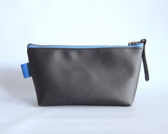 Man toiletry handbag, man dopp kit - Charcoal vinyl